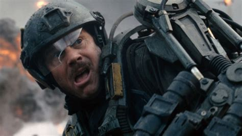 groundhog day edge of tomorrow review edge of tomorrow spoilers aplenty the