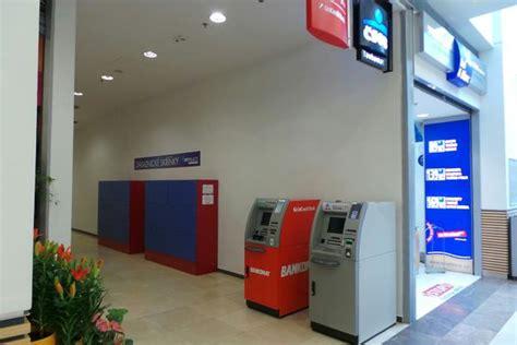 unicredit bank bankomat bankomat unicredit bank republic pardubice zelen 233