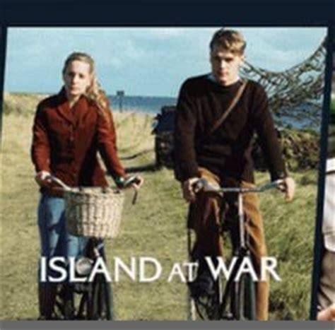 Island At War sam heughan in island at war sam and cait