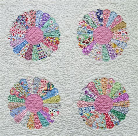 Quilt Dresden Plate Pattern dresden plate quilt q is for quilter