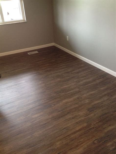 lumber liquidators vinyl flooring alyssamyers