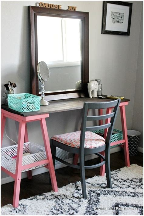 Diy Vanity Desk 10 Cool Diy Makeup Vanity Table Ideas 5 Ideas Para El Hogar Pinterest Diy Makeup Vanity
