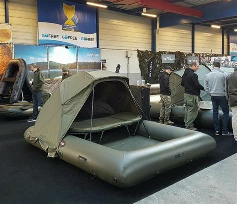plateforme raptor boat avid carp here is another smaller platform from our
