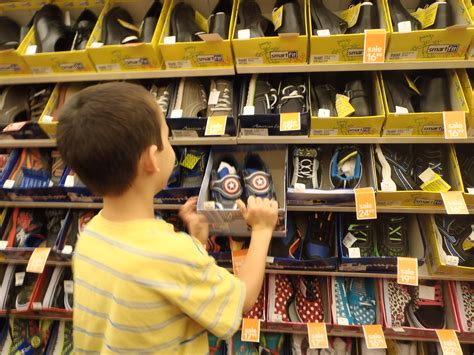 shoe shopping 17 tips for finding the right shoes for your child with