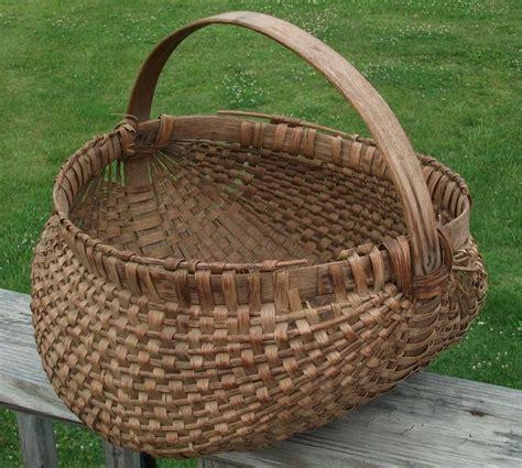 Switer Basket Antique Oak Basket Woven Egg Apple Cherry