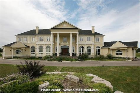 Luxury Home Market In Ontario Healthy And Active Agents Luxury Homes Ontario