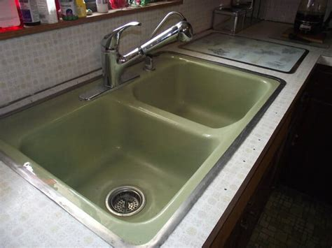 avocado green bathroom sink avocado kitchen sink and appliances heck to the yeah say