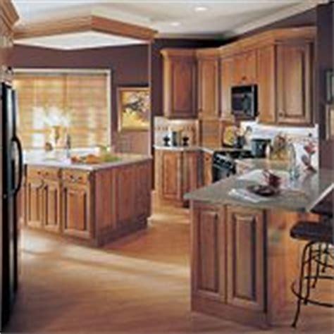 thomasville kitchen cabinet cream cherry cabinets maple plaza cherry brierwood by thomasville cabinetry