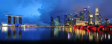 First Class Flights from London Heathrow to Singapore with