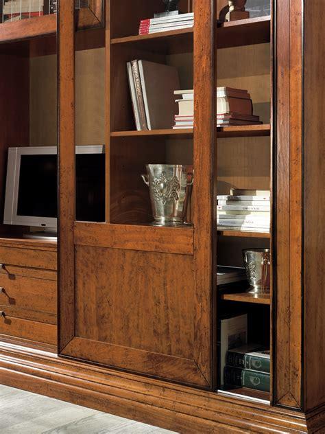 libreria legno massiccio soggiorno libreria ante scorrevoli intarsiate scontato