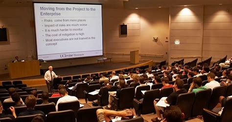 Uci Mba Ranking 2015 by Uci カリフォルニア大学アーバイン校修了証取得 Optインターンプログラム キャリアエクスチェンジ