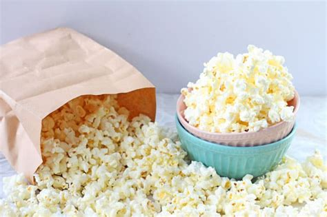 Popcorn In Brown Paper Bag - how to make popcorn in a microwave with a brown paper bag