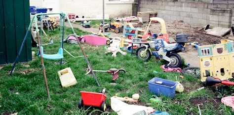 clean up backyard 5 tips for cleaning up your backyard for summer green