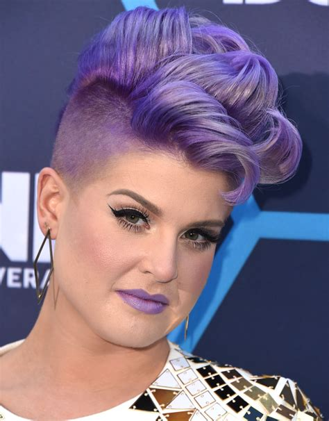 does kelly osbourne wear a purple wig young hollywood awards hair and makeup stylecaster
