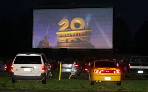 drive in theater drive in movie theaters 80 year love affair continues in