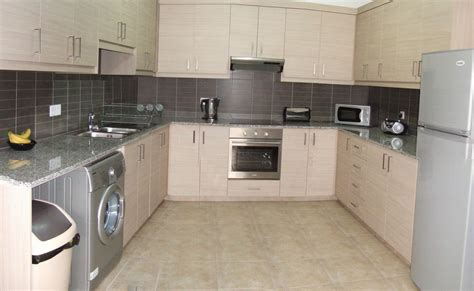 Kettle And Toaster Vynes Com A Fully Fitted Kitchen With All Appliances At