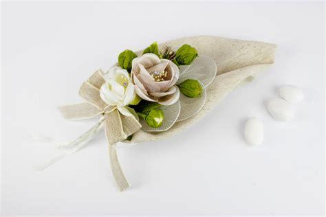 fiori portaconfetti sacchetto calla beige portaconfetti con fiori matrimonio