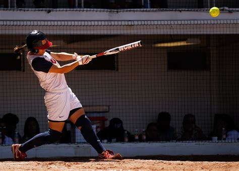 how to swing a softball bat properly juice your softball bat here s how baseball things