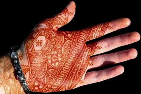 9 fuss free mehndi design for groom