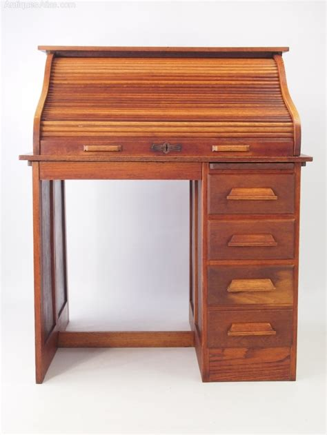 Small Oak Roll Top Desk Bureau Antiques Atlas Small Roll Top Desk Oak