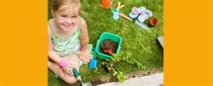 jardiner avec les enfants c est possible et m 234 me recommand 233