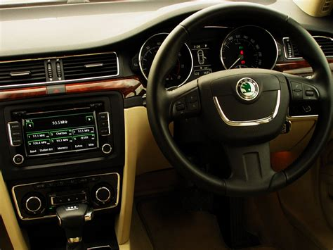skoda superb 2013 interior www imgkid the image
