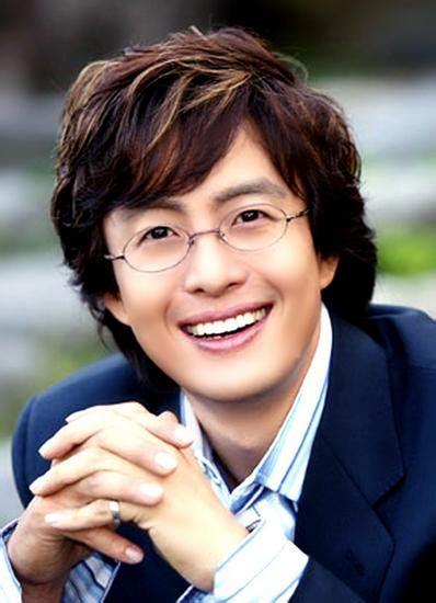 hot asiana bio artis aktor korea biodata dan profil artis korea bae yong jun foto biodata