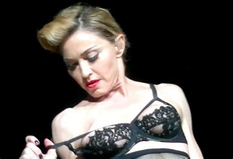 madonna flashes breast at istanbul fans daily gossip