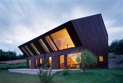 crooked houses fovea architects crooked house