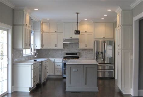 shaker kitchen island white shaker cabinets kitchen remodeling photos
