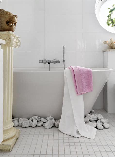 unusual bathroom decor stylish small bathroom with an unusual decor digsdigs