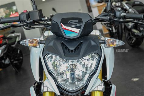 Motorrad Tour R Hn by Dưới 200 Triệu Chọn Ktm 390 Duke 2018 Hay Bmw G310r 2018