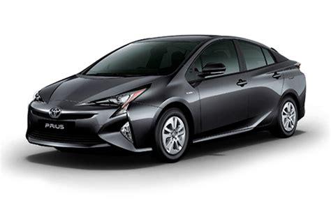 Toyota Prius Price in India, Images, Mileage, Features
