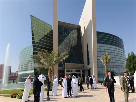 emirates university 3moons modular multiscale oncology networks the