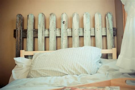 white picket fence headboard best 25 fence headboard ideas on pinterest rustic
