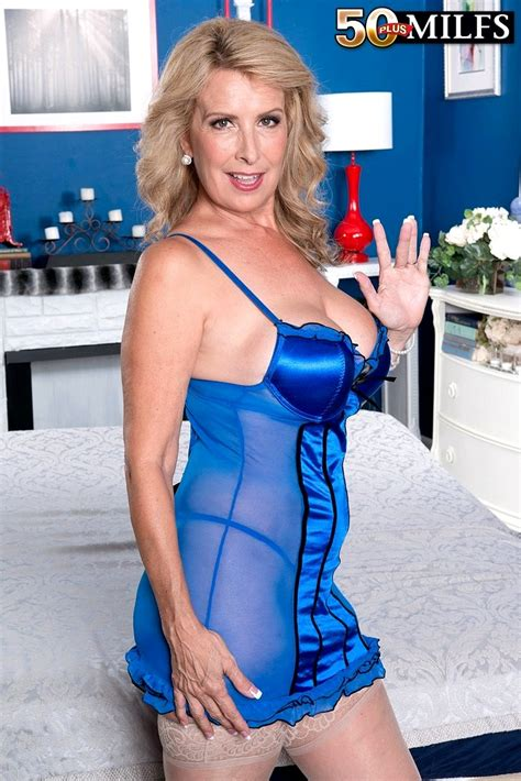 sex Hd Mobile Pics 50 plus milfs laura layne Hd milf Space