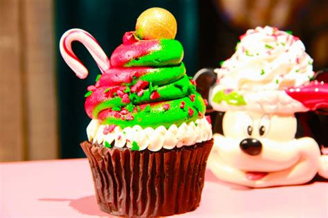 christmas time snacks in july treats at disney world and disneyland the disney food