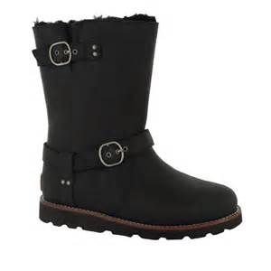 buy ugg noira womens comfortable boots in black or brown