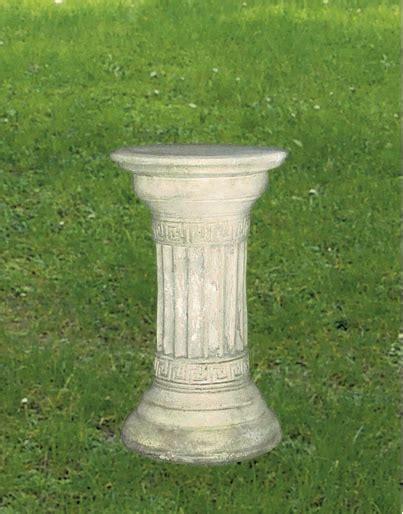 colonne da giardino colonne per giardino in scultura o cemento e marmo