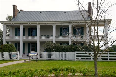 at carnton a novella the widow of the south and carnton plantation franklin