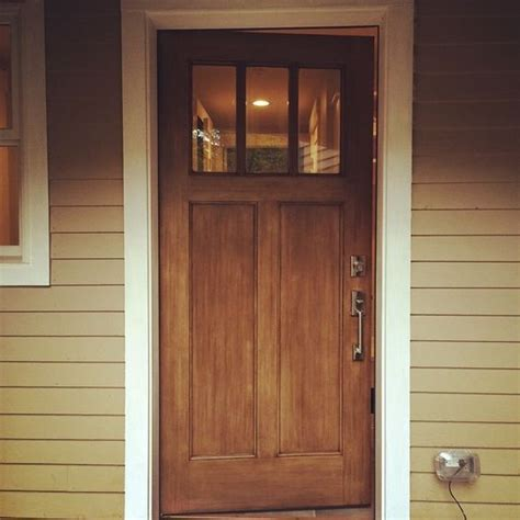 Walnut Front Door Make A Impression With Your Front Door This Thermatru Fiberglass Door Was Stained With