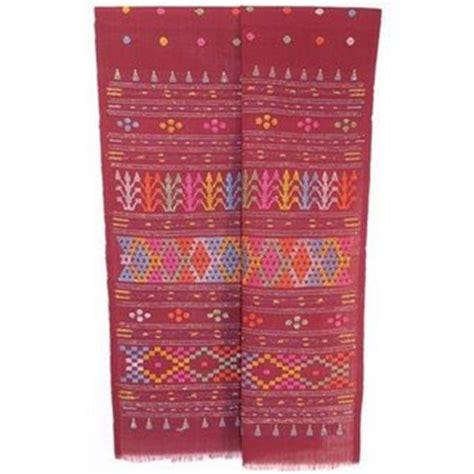 Sadum Rainbow Tumpal Ulos 3 tanah batak mengenal ulos batak pakaian adat batak