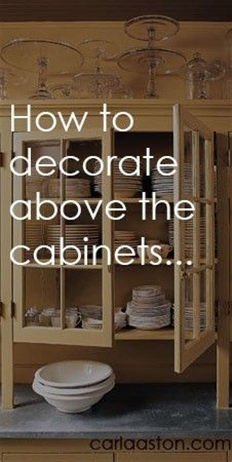 How To Say Cabinet In by Top Of Cabinets On Above Kitchen Cabinets