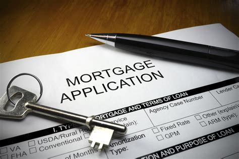 Mba Mortgage Applications Survey by Refis On The Rise As Purchase Apps Dip