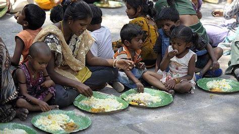 imagenes de niños que pasan hambre critas lanza una caa mundial para acabar con el