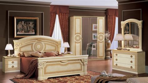 versace bedroom set aida versace design italian 6 item bedroom set in ivory ebay