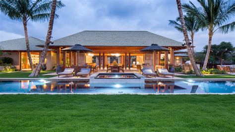 13 mad style homes you 13 5 million home in hawaii robb report