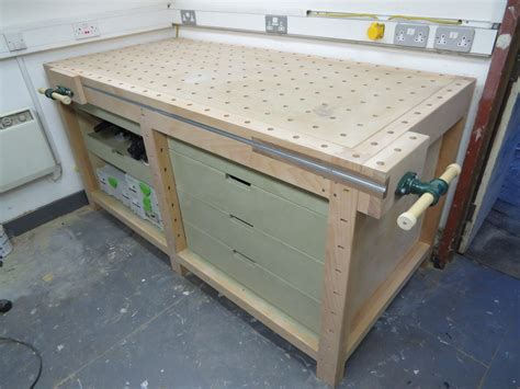 mft bench workbenches with a difference table saw central