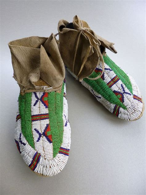 beaded moccasin tops 1000 images about beaded moccasins 3 high top on