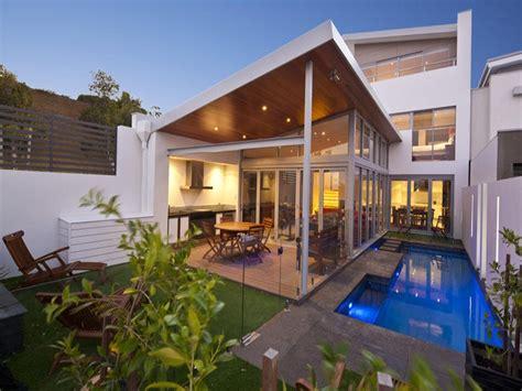 posh skillion patio roof lines